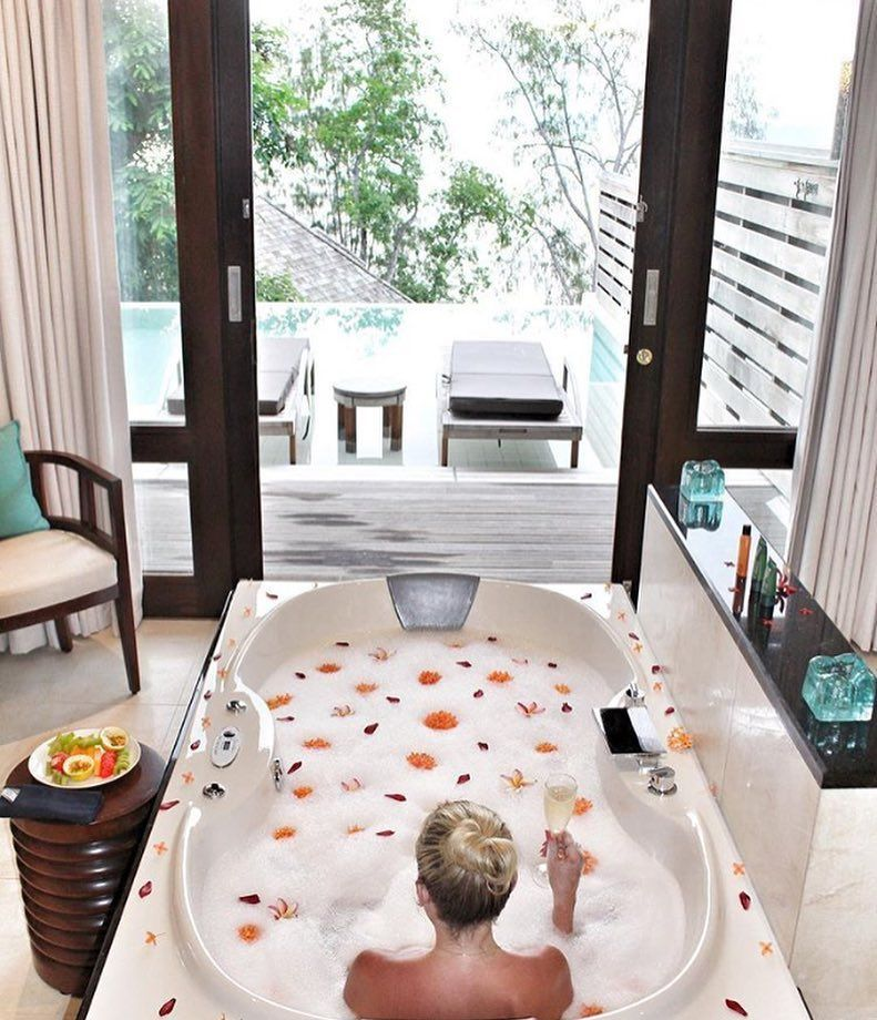 The Grand Ocean Pool Villa Luxury Bath Experience at Hilton Seychelles Northolme Resort & Spa