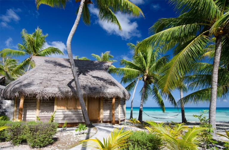 1.tikehau_pearl_beach_resort_beach_bungalow
