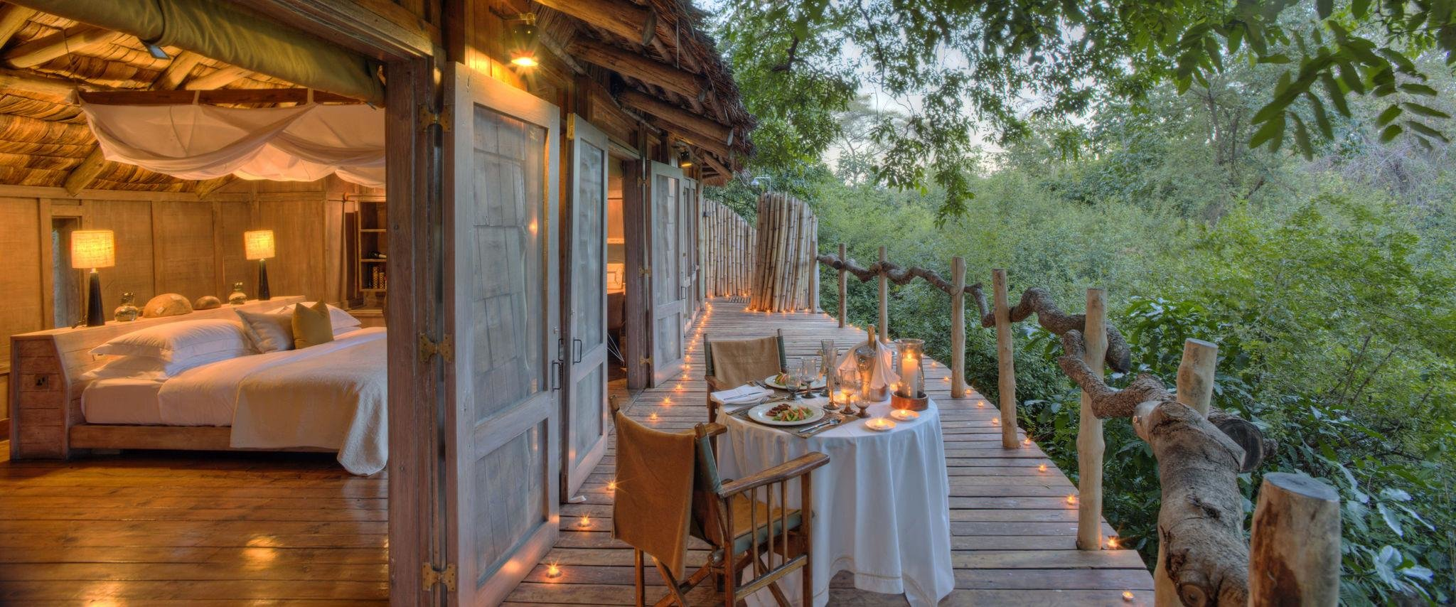 lake-manyara-tree-lodge-room-treehouse-deck-01